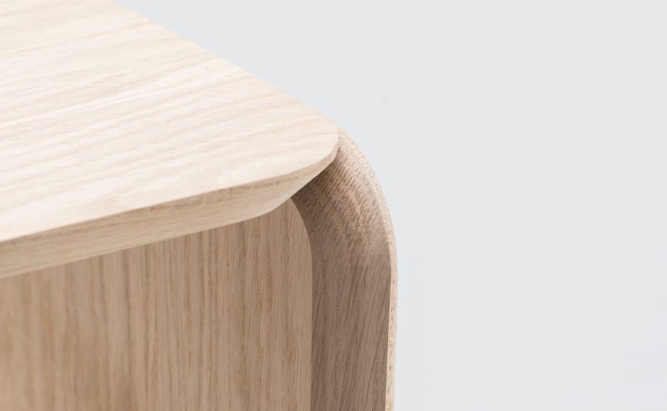 slide-3-banc-chene-design-adrien-rovero