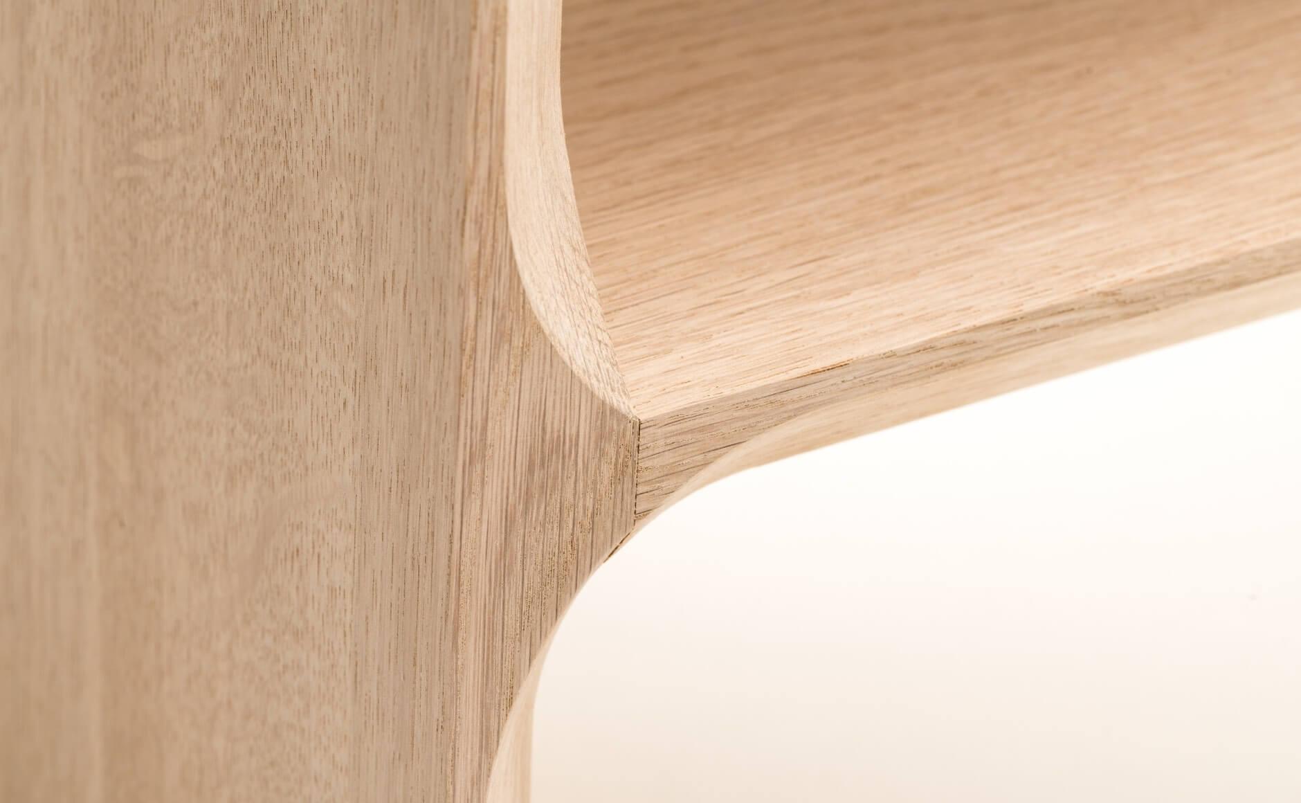 slide-3-piedestal-design-adrien-rovero